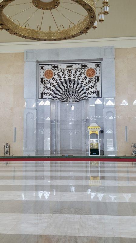 masjid dari granit